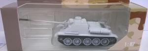 Модель самоходной установки СУ-100 (окраска зимняя).Пр-во DeBerg.Масштаб 1:87 (НО).