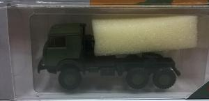 Модель КАМАЗ 4410 вариант седельного тягача с 2-й кабиной милитари.Пр-во MINITANKS.Масштаб 1:87 (НО).
