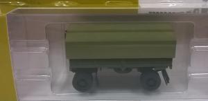 Модель 2-х осного прицепа с тентом милитари.Пр-во MINITANKS.Масштаб 1:87 (НО).