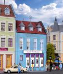 Модель жилого дома с бутиком одежды в Düsseldorf.Пр-во KIBRI.Арт.38394.Масштаб НО (1:87).