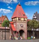 Модель жилой фахверковой башни с воротами,и лестницей.Пр-во KIBRI.Арт.38470.Масштаб НО (1:87).