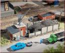 Угольная загрузка с краном и вспомогательнам помещением.Арт.13293.Масштаб ТТ (1:120).