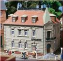 Модель углового здания с Аптекой.Пр-во Аухаген.Арт.12269.Масштаб НО-ТТ (1:87-1:120).