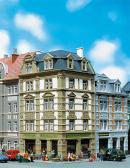 Модель углового городского дома улицы Goethestraße 62.Пр-во FALLER.Арт.130916.Масштаб НО (1:87).