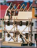 Реконструирующийся дом.Арт.12270.Масштаб НО-ТТ (1:87-1:120).