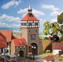 Модель части старого города,башня с городскими воротами.Пр-во FALLER.Арт.130406.Масштаб НО (1:87).