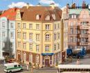 Модель углового дома улицы Goethestraße с отделением полиции.Пр-во FALLER.Арт.130910.Масштаб НО (1:87).