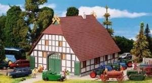 Модель сельского фахверкового дома-переделанного под Музей.Пр-во KIBRI.Арт.38046.Масштаб НО (1:87).