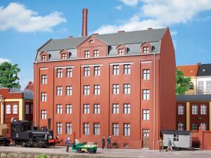 Модель промышленного административного здания.Пр-во Аухаген.Арт.11424.Масштаб НО (1:87).