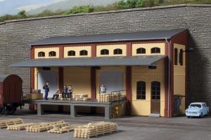 Модель здания склада вписанного в рельеф.Пр-во Аухаген.Арт.11436.Масштаб НО (1:87).