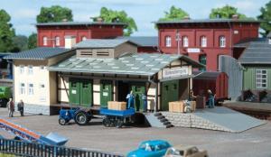 Модель небольшого грузового склада.Пр-во Auhagen.Арт.13219.Масштаб ТТ (1:120).