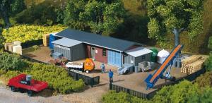 Модель строительного склада с аксессуарами.Пр-во Auhagen.Арт.13319.Масштаб ТТ (1:120).