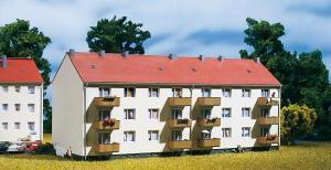 Модель многосемейного жилого дома.Пр-во Auhagen.Арт.13332.Масштаб ТТ (1:120).