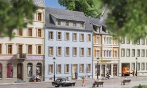 Модель городского дома с улицы Markt 4.Пр-во Auhagen.Арт.13340.Масштаб ТТ (1:120).