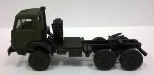 Модель КАМАЗ 4410 ( 6*6 ) вариант седельного тягача с одинарной кабиной армейский.Пр-во MINITANKS.Масштаб 1:87 (НО).