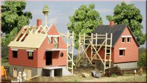 Модель 2-х строящихся домов.Пр-во Аухаген.Арт.12215.Масштаб НО-ТТ (1:87-1:120).