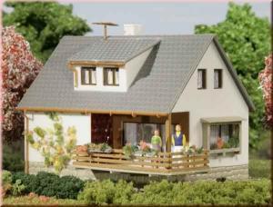 Модель дома Sybille.Пр-во Аухаген.Арт.12223.Масштаб НО-ТТ (1:87-1:120).