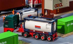 Модель 20-футового танк-контейнера компании SEACO.Пр-во FALLER.Арт.180832.Масштаб НО (1:87).