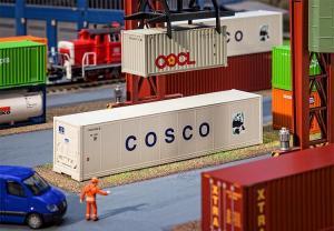 Модель 40-футового контейнера-холодильника компании COSCO.Пр-во FALLER.Арт.180851.Масштаб НО (1:87).