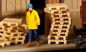 Модель 12-ти деревянных паллет.Пр-во FALLER.Арт.180904.Масштаб НО (1:87).