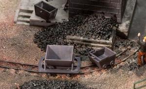 Модель 2-х вагонеток и 2-х ящиков для угля.Пр-во FALLER.Арт.180916.Масштаб НОе (1:87).