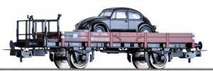 Модель 2-х осной платформы с тормозной площадкой и автомобилем VW.Пр-во TILLIG.Арт.76662.Масштаб НО (1:87).