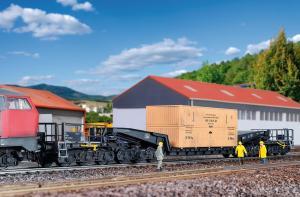 Модель 12-ти осной платформы типа Uaai 819 для перевозки тяжелых грузов+груз-оборудование в деревянном ящике.Пр-во KIBRI.Арт.16510.Масштаб НО (1:87).