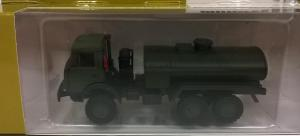 Модель КАМАЗ 4310 в варианте заправщика милитари.Пр-во MINITANKS.Масштаб 1:87 (НО).