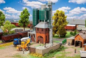 Модель небольшого цементного завода.Пр-во FALLER.Арт.130895.Масштаб НО (1:87).