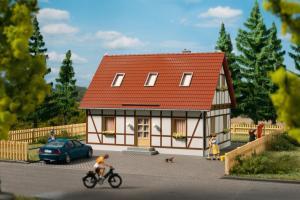 Модель односемейного дома.Пр-во Аухаген.Арт.11455.Масштаб НО (1:87).