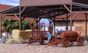 Модели 3-х старинных сельскохозяйственных деревянных телег различного назначения.Пр-ва KIBRI.Арт.15703.Масштаб НО (1:87).