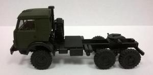 Модель КАМАЗ 4410 ( 6*6 ) вариант седельного тягача с 2-й кабиной армейский.Пр-во MINITANKS.Масштаб 1:87 (НО).