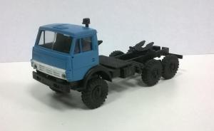 Модель КАМАЗ 4410 ( 6*6 ) вариант седельного тягача с одинарной кабиной голубой.Пр-во MINITANKS.Масштаб 1:87 (НО).