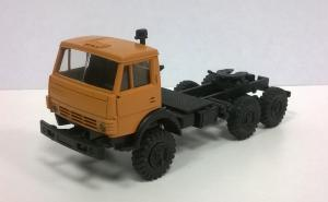 Модель КАМАЗ 4410 ( 6*6 ) вариант седельного тягача с одинарной кабиной оранжевой.Пр-во MINITANKS.Масштаб 1:87 (НО).