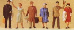 Сет фигурок стоящих путешественников.Фирма PREISER.Арт.14020.Масштаб НО (1:87).