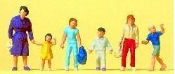 Сет идущая женщина и дети.Фирма PREISER.Арт.14041.Масштаб НО (1:87).