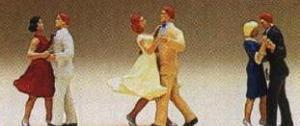 Сет танцующие пары.Фирма PREISER.Арт.10120.Масштаб НО (1:87).