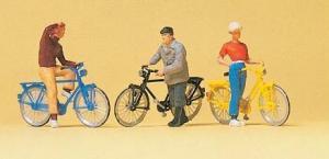 Сет велосипедисты возле ж/д переезда.Фирма PREISER.Арт.10515.Масштаб НО (1:87).