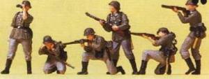 Сет окрашенный пехота в бою,Немецкий Рейх в 1939-1945.Пр-во PREISER.Арт.16880.Масштаб НО (1:87).