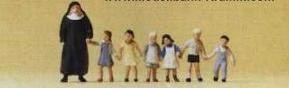 Сет монахиня и дети.Фирма PREISER Арт.75029.Масштаб ТТ (1:120).