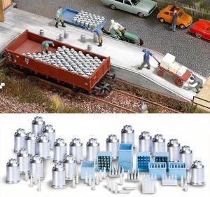 Модель набора ящиков и бидонов для молока.Пр-во BUSCH.Арт.1145.Масштаб НО (1:87).