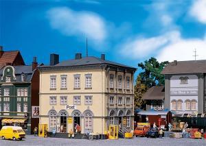 Модель здания Почтампа.Пр-во FALLER.Арт.130933.Масштаб НО (1:87).