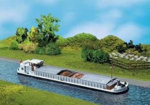 Модель грузового речного судна.Пр-во FALLER.Арт.131006.Масштаб НО (1:87).