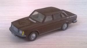 Модель автомобиля VOLVO 264.Пр-во WIKING.Масштаб НО (1:87).