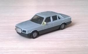 Модель автомобиля MB 500SE.Пр-во HERPA.Масштаб НО (1:87).