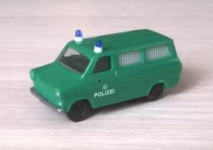 Модель микроавтобуса Ford Transit POLIZEI.Масштаб НО (1:87).
