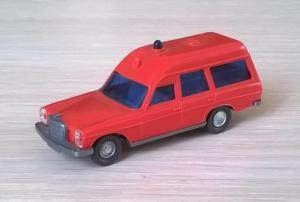 Модель автомобиля MB 200 FW.Пр-во WIKING.Масштаб НО (1:87).