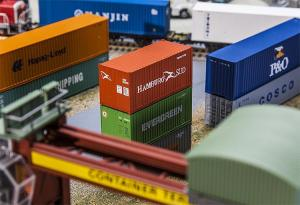 Модель 20-футового контейнера компании HAMBURG SÜD.Пр-во FALLER.Арт.180822.Масштаб НО (1:87).