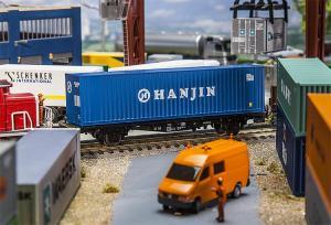 Модель 40-футового контейнера компании HANJIN.Пр-во FALLER.Арт.180842.Масштаб НО (1:87).