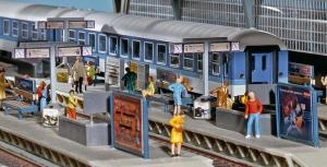 Модель аксессуаров для перрона ж.д. вокзала.Пр-во FALLER.Арт.120186.Масштаб НО (1:87).